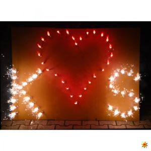 Rotes Herz mit Buchstaben